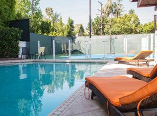 N Maple Dr, Beverly Hills, CA 90210