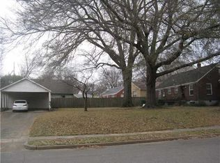 299 Eastland Dr , Memphis TN
