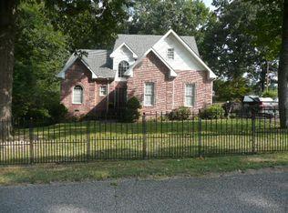 113 Underwood St , Camden TN