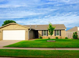 1012 N Lincoln Ave , Moore OK