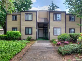 2700 SE 138th Ave Apt 1, Portland OR