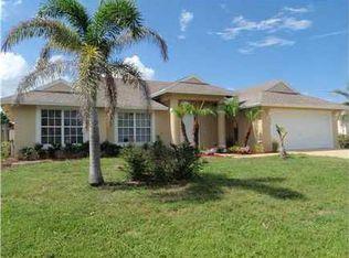 1273 SW Mancuso Ave , Port St Lucie FL