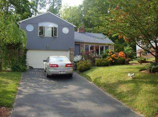 3272 Manor Rd , Huntingdon Valley PA