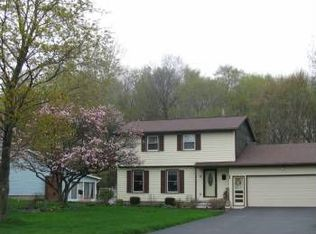56 Ramblewood Dr , North Chili NY