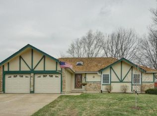 6516 Westgate Cir , Shawnee KS