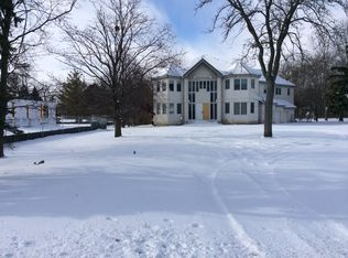 1362 Lee Rd , Northbrook IL