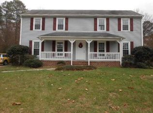 1218 Briarcliffe Dr , Colonial Heights VA