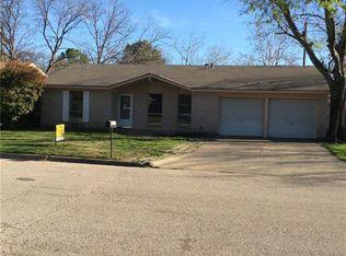 3412 Hummingbird Ln , Denton TX