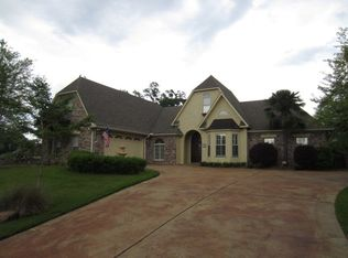 116 Maison Rue, Vicksburg, MS 39180