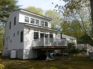 28 Dustin Dr, Center Barnstead, NH 03225