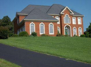 481 Plantation Dr, Fincastle, VA 24090