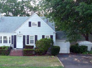 518 Whitewood Rd , Union NJ