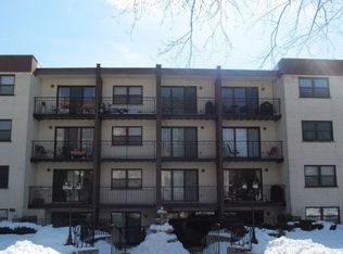 1629 W Sherwin Ave Apt G5, Chicago IL