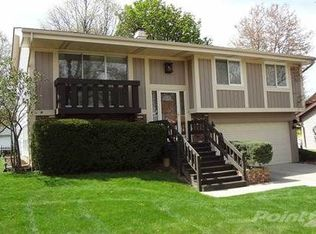306 Plymouth Ln , Bloomingdale IL