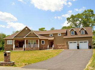 7 Rodeo Ct, Howell, NJ 07731
