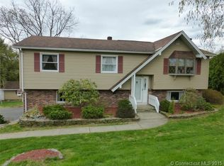 56 Autumn Ridge Rd , Naugatuck CT