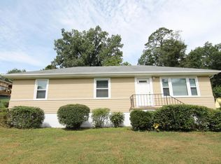 715 Orchard Ter , Rossville GA