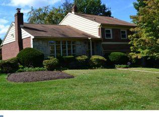 1838 Meadowbrook Rd , Abington PA