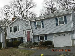 33 Cove Brook Rd , West Haven CT