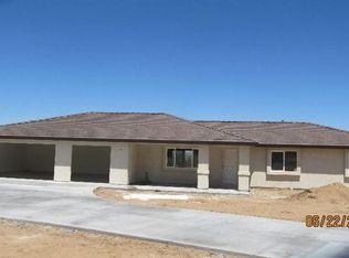 14704 McRoberts Rd , Apple Valley CA