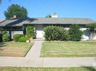 8118 Loma Verde Ave , Canoga Park CA