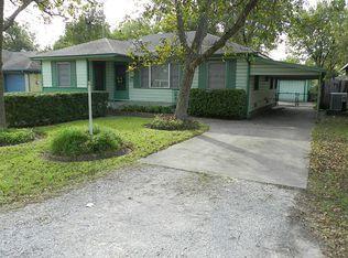 5911 Nelwyn St , Houston TX