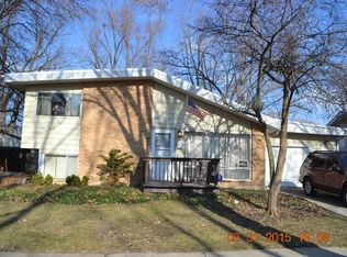 318 Winnebago St , Park Forest IL