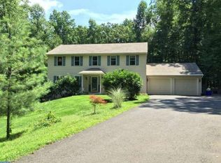 25 Fawn Dr, Reading, PA 19607