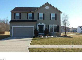 38023 Woodsledge Dr , North Ridgeville OH