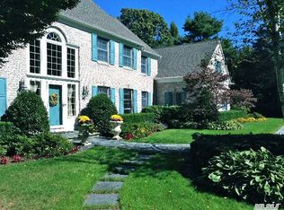 7 Saw Mill Ln , Cold Spring Harbor NY