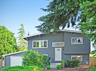 8765 NE 140th Pl , Kirkland WA