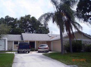 1610 SE Minorca Ave , Port Saint Lucie FL