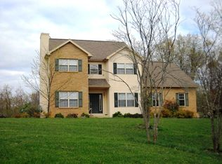 8325 Lavelle Rd, Athens, OH 45701