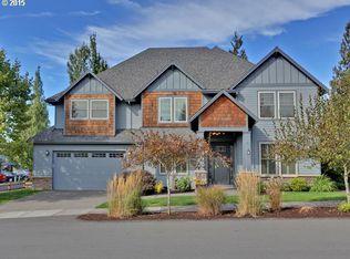 2735 NW Robinia Ln, Portland, OR 97229