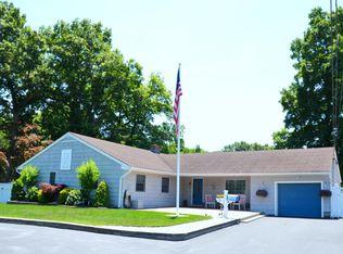 38 N Lake Dr , New Monmouth NJ