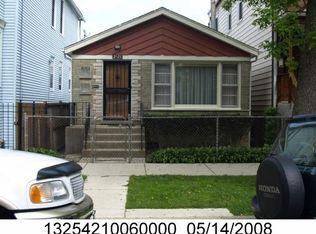2521 N Maplewood Ave , Chicago IL
