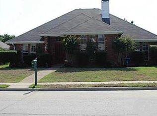419 N Winding Oaks Dr , Wylie TX