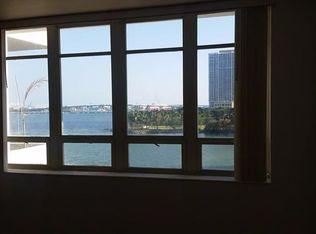 2121 N Bayshore Dr Apt 412, Miami FL