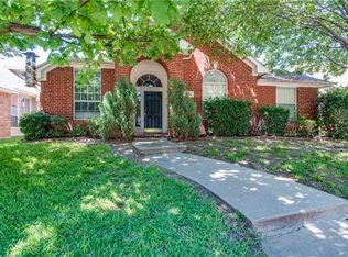 3724 Red Oak Trl , The Colony TX