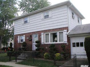 101 Evelyn Ave , Westbury NY