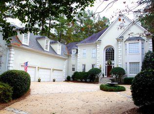1904 Torrey Pines Pl, Raleigh, NC 27615