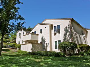 385 Camelback Rd Apt 22, Pleasant Hill CA