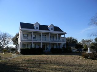 76 Dream Hill Dr, Poplarville, MS 39470