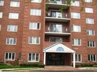 6540 W Irving Park Rd Apt 502, Chicago IL