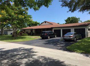 10322 SW 113th St , Miami FL