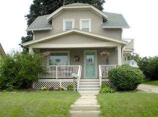 633 S Main St , West Bend WI