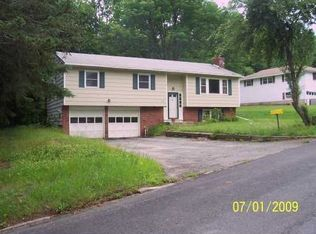 27 CANTOR AVE , WOODRIDGE NY