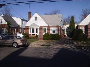 118 Euston Rd S , West Hempstead NY