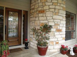 6820 Cypress Pt N Apt 31, Austin TX