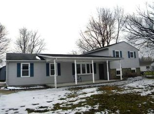 110 Habant Dr, Amherst, OH 44001